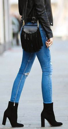 35 Comfy & Elegant Summer Outfits from Stylish - Women's Style - Outfits Elegant Summer Outfits, Comfy Fall Outfits, Fall Winter Outfits, Spring Outfits, Casual Outfits, Casual Winter, Winter Style, Mode Outfits, Fashion Outfits