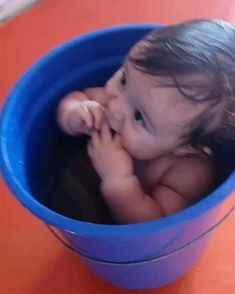 Funny Baby Memes, Cute Funny Baby Videos, Cute Funny Babies, Funny Videos For Kids, Funny Kids, Cute Kids, Cute Little Baby Girl, Cute Baby Girl Pictures, Baby Kind