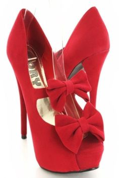 Extremely red High Heels