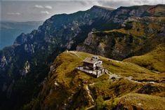 Rumunia - piękna alternatywa dla Włoch. Mountains, Nature, Travel, Naturaleza, Viajes, Destinations, Traveling, Trips, Nature Illustration