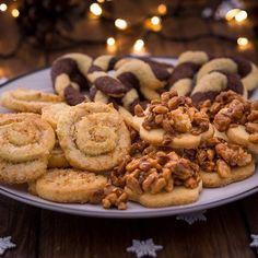 Heute gibts dass erste neue Pltzchenrezept fr euch! Also eigentlichhellip Christmas Cookies, Brownies, Shrimp, Sausage, Food Photography, Food And Drink, Xmas, Baking, Cake