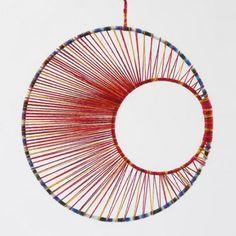 String art - uro av metallringer med garn