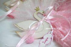 Home - mostracarta Crafts Beautiful, Baptism Invitations, Christening, Flamingo, Beautiful Pictures, Christmas Decorations, Baptism Ideas, Wedding, Princess