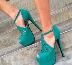 Love!!! Turquoise Heels, High Heels, Hair Beauty, Dance Shoes, Platform, Fancy, Addiction, Exotic, Instagram