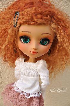 Muñeca muy linda con él pelo  http://cdn.dl.fotoable.net/fotoimg/emoji/Qmoji/Qmoji04.gif   http://cdn.dl.fotoable.net/fotoimg/emoji/Qmoji/Qmoji04.gif