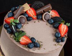 Krásné páteční ráno dne 20. května přeji Vámkrásný den ateplýjarní víkend.Počasí nám slibuje slunečno. Dort pro dobrou náladu. Dobrou chuť!  Желаю всем теплой майской пятницы и выходных. А тортик для хорошего настроения.  #dort #domacidort#dortynazakazku #homecake #chocolate #happybirthday #narozeniny#oslava #dortpodebrady #dortprodĕti #maminky #crem #medovnik #pečení #cukroví #jahody #boruvky#sweetcakes #czech #czechrepublic #podebrady #praha #prague #nymburk #kolin #like4like#jidlo#food…