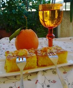 Greek Cake, Greek Yogurt Cake, Greek Sweets, Greek Desserts, Greek Recipes, Desert Recipes, Greek Pastries, Syrup Cake, Greek Cooking