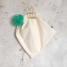Pom Beanie - Mint/Cream