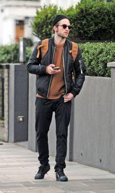 Robert Pattinson takes a Stroll  in London