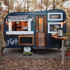 caravan design 358528820336046696 - Cute little Cafe! Shop Espresso👉 Link in Bio 📷by Source by maximemarshall Food Cart Design, Food Truck Design, Veranda Pergola, Foodtrucks Ideas, Coffee Food Truck, Mobile Coffee Shop, Mobile Coffee Cart, Deco Cafe, Coffee Trailer