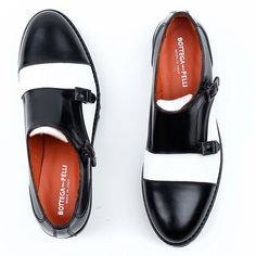 Bottega delle Pelli Ruth Two-tone Monk Strap for Women - re-souL. unfortunately out of stock. Mode Shoes, Shoes Sandals, Dress Shoes, Dress Clothes, Men Dress, Moda Lolita, Quoi Porter, Monk Strap Shoes, Formal Shoes For Men