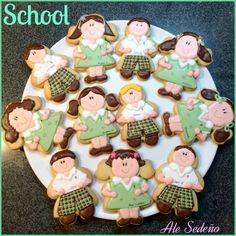 Back to School Round Up - Cute Back to School Cookies by Ale Sedeno Bakery Shop | The Bearfoot Baker