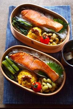 Grilled Salmon Bento 鮭弁 in Wappameshi (Wood Box)