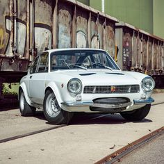 Fiat 850, Fiat Abarth, Fiat Spider, Retro Cars, Courses, Cars And Motorcycles, Sport, Cool Cars, Super Cars