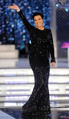 Kris Jenner Photos - Television personality Kris Jenner is introduced as a judge during the 2012 Miss America Pageant at the Planet Hollywood Resort & Casino January 14, 2012 in Las Vegas, Nevada. - 2012 Miss America Pageant