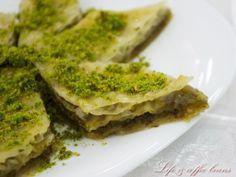 Pistachio baklava Pistachio Baklava, English Food, Broccoli, Sweet Treats, Foods, Vegetables, Blog, Recipes, Food Food