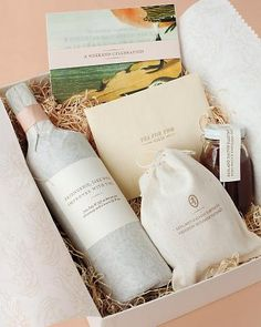 Sideshow Press: Welcome Box - Martha Stewart Weddings Winter 2012