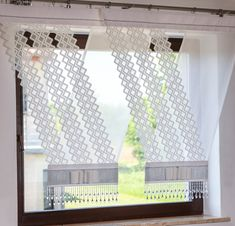 Reasons to Buy Living Room Curtains - Life ideas Decor, Family Room Windows, Curtains, Curtain Decor, Curtains Living Room, Window Decor, Curtain Patterns, Room, Living Room