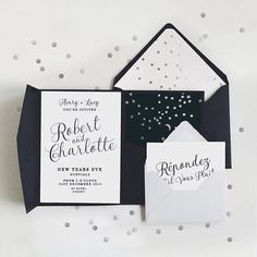 New Years Eve wedding neutrals 👌🏼🥂 #weddingstationery #weddinginvitations #NYE #nyewedding #wetellyourstory #Regram via @story_of_us