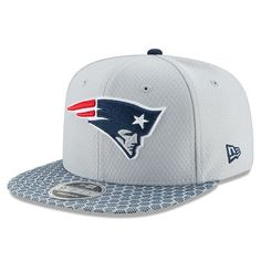 2b19e4832 New England Patriots New Era 2017 Sideline Official 9FIFTY Snapback Hat -  Silver