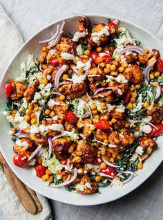 An extremely major league salad ⚾🥗. Napa and kale slaw with CRUNCHY BBQ cauliflower, crisped chickpeas, and pickled jalapeño ranch for your super healthy salad eating pleasure 🤑 Healthy Food Blogs, Healthy Salads, Healthy Eating, Healthy Recipes, Ww Recipes, Quick Recipes, Bbq Salads, Cooking Recipes, Ramen Recipes