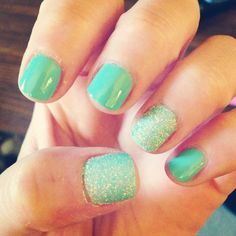 Turquoise glitter nails