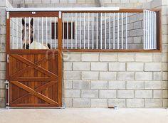 Frente de Baia Modelo MS20                                                                                                                                                      Mais Horse Stalls, Horse Barns, Horses, Dream Stables, Dream Barn, Equestrian Stables, Concrete Block Walls, Horse Ranch, Barn Plans
