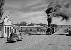 A time way back when the train passed through the main street of Fauresmith, South-Africa South African Railways, Steam Locomotive, Main Street, Landscape Photography, Trains, Christian, Mansions, History, House Styles