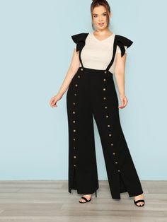 To find out about the Plus Ruffle Strap Snap Button Front Jumpsuit at SHEIN, part of our latest Plus Size Jumpsuits ready to shop online today! Plus Size Jumpsuit, Jumpsuit Dress, Jumpsuit Style, Cotton Palazzo Pants, Wedding Jumpsuit, Young Models, Plus Size Fashion, Fashion News, High Waisted Skirt