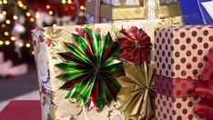 MONTREAL - The more carefully a gift is wrapped, the higher the recipient's expectations - and the greater the risk of being disappointed, warns a new study