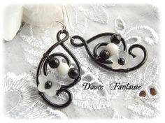 Boucles d'oreilles noir et blanc en fil aluminium : Boucles d' oreille par douce-fantaisie sur ALittleMarket