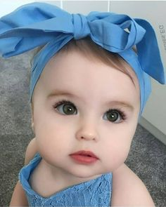 Baby Fashion Christmas Little Girls 62 Trendy Ideas So Cute Baby, Cute Little Baby Girl, Cute Baby Girl Pictures, Baby Kind, Beautiful Children, Beautiful Babies, Cute Babies Photography, Children Photography, Cute Baby Wallpaper
