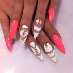 35 amazing gel nail designs you have to see - nail shapes Sexy Nails, Stiletto Nails, Love Nails, Fun Nails, Stiletto Nail Designs, Fabulous Nails, Gorgeous Nails, Pretty Nails, Nail Art Design 2017
