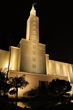 Los Angeles LDS temple -- This was our temple for 36 years after moving to California in 1969.....Pat