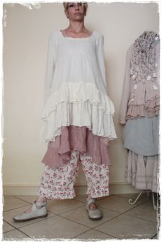 Tunique Jayko - Robe Talia Benson - Panty Nadir - Chaussures Trippen