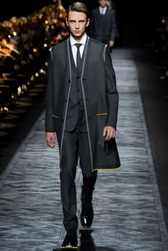 Dior Homme Fall 2015 Menswear Collection Photos - Vogue