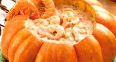 Aprenda a fazer essa receita simples de camarão na moranga com catupiry , que todos adoram e que você vai adorar também!