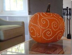 DIY Hallowen: DIY: Be-dazzle my pumpkin!