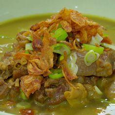 Sop Kambing Madura - New Ideas Lamb Recipes, Asian Recipes, Soup Recipes, Easy Cooking, Cooking Recipes, Malay Food, Malaysian Food, Weird Food, Indonesian Food