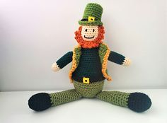 Free Amigurumi Leprechaun Pattern : Amigurumi littlest leprechaun crochet pattern cute for st patricks