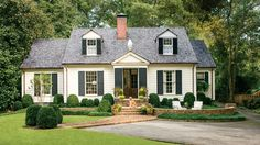 Birmingham Cottage Makeover | Architects Bates Corkern Studio turn a 1930s home into the neighborhood favorite by pairing timeless details with classic proportions.