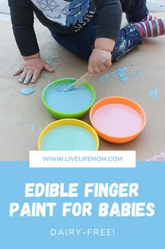 Simple recipe for edible finger paint | Edible paint for babies | Taste-safe paint for babies Outside Activities, Spring Activities, Motor Activities, Infant Activities, Family Activities, Edible Finger Paints, Edible Paint, Baby Painting, Finger Painting