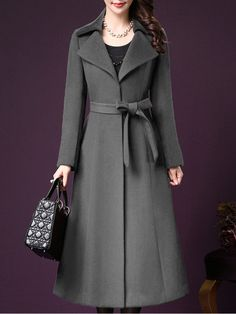 Struggling to find the best coat for the oncoming fall? Here is a complete guide on how to choose the best winter coat including 5 coat options you have! Winter Coats Women, Coats For Women, Mode Mantel, Langer Mantel, Stylish Coat, Mode Hijab, Coat Dress, Ideias Fashion, Trends