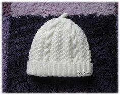 Tricot et compagnie  Brassière bébé irlandaise, le bonnet et les chaussons 934cabfa776
