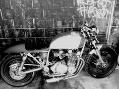 1980 Suzuki GS850. Suzuki Cafe Racer, Cafe Racers, Classic Bikes, Iron, Horses, Vehicles, Motorcycles, Wheels, Bench