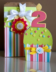 LO Birthday Card - Cupcake