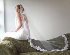 Bridal Veil, Traditional Veil, Mantilla Chapel Length Veil, Wedding Veil, Lace Veil, Wedding Hair Accessory, Long Veil