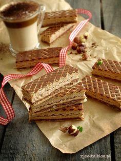 "Wafle ""Michałki"" Polish Desserts, Polish Recipes, My Recipes, Sweet Recipes, Cake Recipes, Polish Food, Polish Cake Recipe, Wafer Cookies, Sweets Cake"