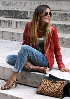 ✨Love the shoes and the jacket - Red Perfecto