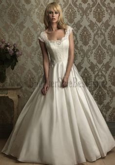 Western Wedding Gowns For Bridal Court Train Lace Satin Appliques Ruffles Chic And Modern On Line Wedding Dresses